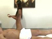 Asian masseuse gives naked full body rub
