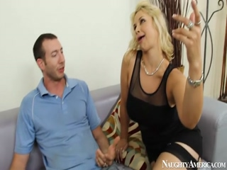 Hot Sarah Vandella Suck And Fuck A Big Prick On Naughty America