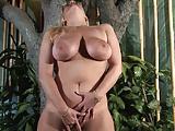Sexy Milf 4
