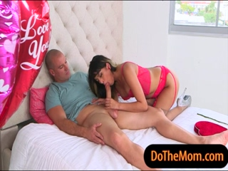 Jamie Valentine and Sophia Leone 3some 3