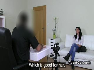 Small tits amateur has sex on casting