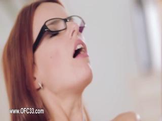 darkhair miss world enjoy sex for a cam