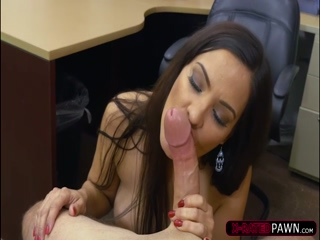 Latina brunette Sophie sells herself