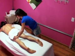 Cockriding Oriental Masseuse Makes Cock Cum