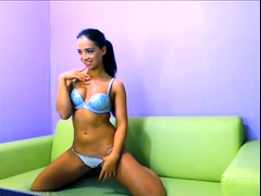 Nice Webcam Babe Masturbate For Cam At