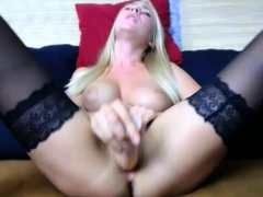 Hot Milf Solo Toying