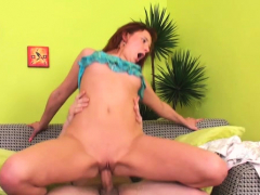 Dilettante Lesbian Gets Her Ravishing Pussy Licked And Toyed