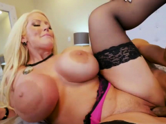 Step Mom Wake Up Xxx Milf Fucks The Gardener