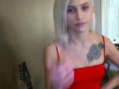 Petite Stepsis Blows While Mom Masturbating Behind Her