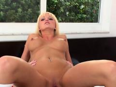 Overwhelming Blonde Lady Rikki Six Enjoys Fast Fucking
