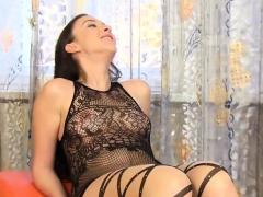 Gorgeous Sex Kitten Gets Her Slim Twat Complete Of Wa42nkz