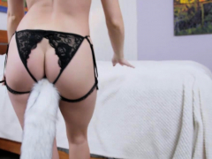 All Natural Lacy Lennon Enjoys Playing With Her Hot Body