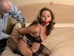 Luxurious Lady Rewards Fucker With Sex