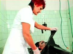 Sub Man Gets Shlong Jerked While Worshipping Lover's Feet