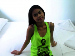 Dirty Filipina Gets Fucked Bareback By Backpacker In Hotel
