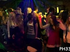 Lots Of Bang On Dance Floor