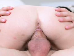 Tight Redhead Had Her Pussy Smashed By This Stud