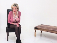 Unfaithful British Mature Lady Sonia Flashes Her Over52dwk