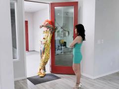 Alana Sucks Quinton's Thick Cock