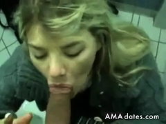 Amazing Amateur Squeezes A Facial In The Wc