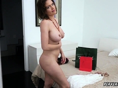 Mom Comrade's Friend Skirt And Thick Amateur Krissy Lynn