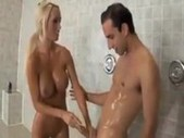 Lichelle gets banged in the shower