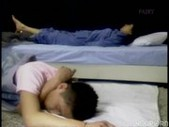 She doesn t want to sleep yet - || www.Po ...